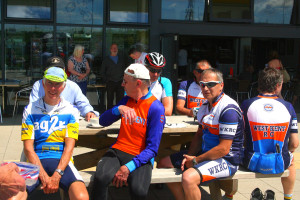 Cup of tea and a cake at Cyclopark